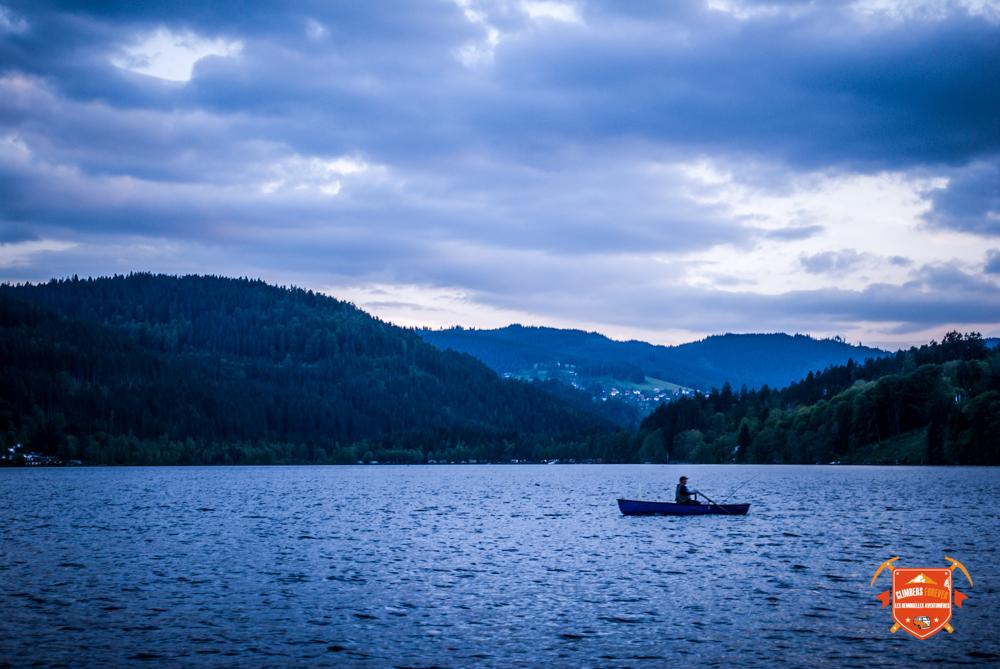 Le soir la tisane à la main, nos Demoiselles contemplent le Lac de Titisee