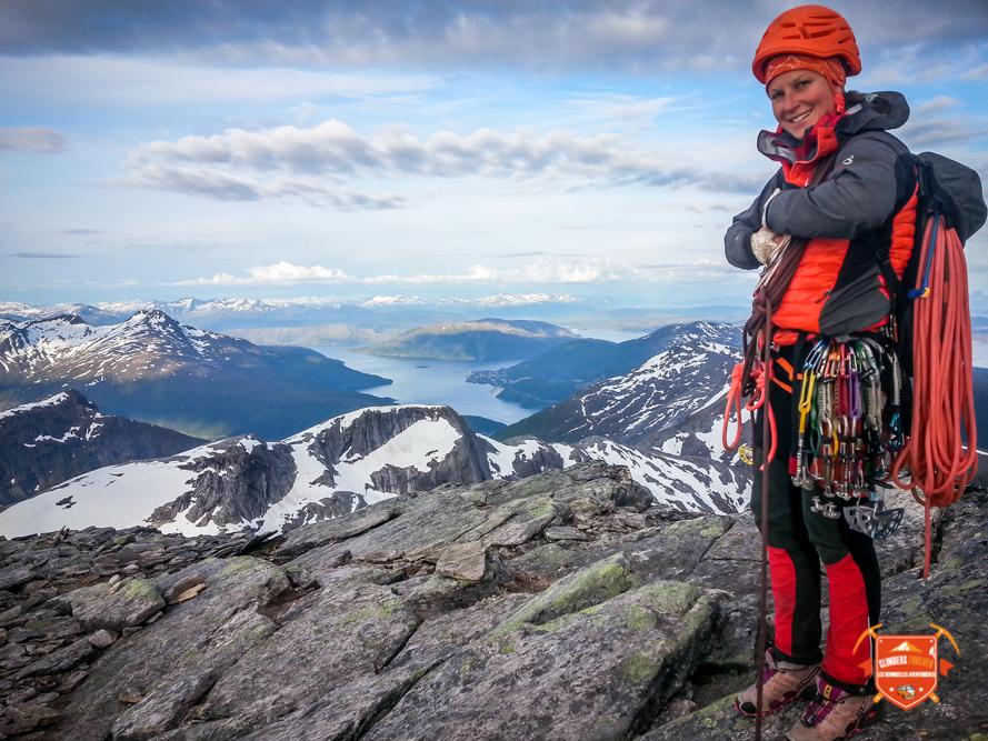 Heureuse d'être au sommet Amélie va se rappeler de cette magnifique voie.