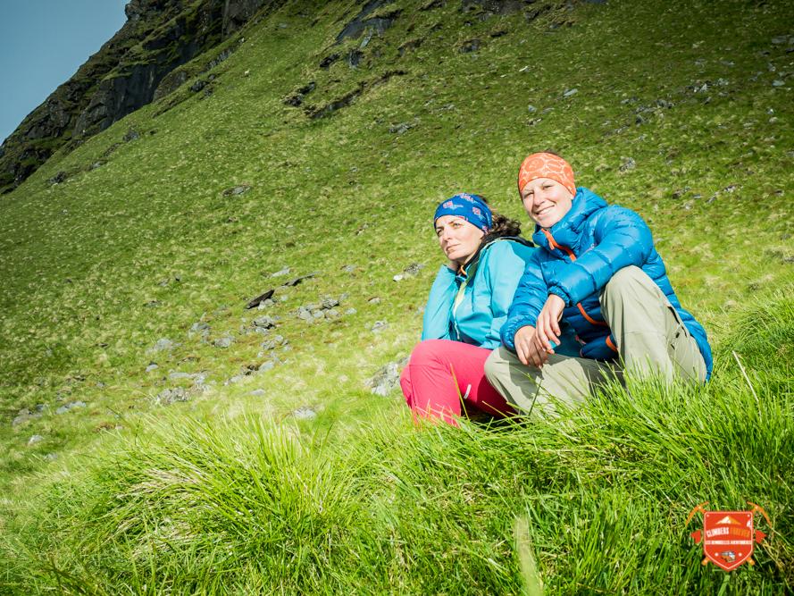 Concentration absolue, lecture de vois une étape importante dans le monde des grimpeurs...