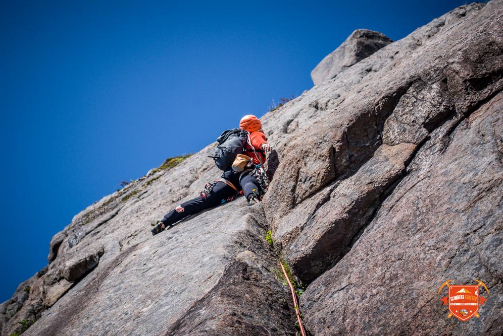"""Leave no trace! C'est la règle numéro 1 des grimpeurs Norvégien, si tu parts avec tes coinceurs tu laisse rien sur la voie, pas un piton, pas un spit pas une sangle!! Ne laisse pas de traces, """"Leave no trace"""""""