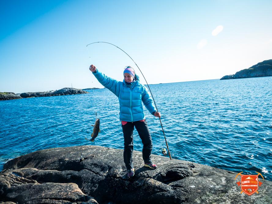 La pêche aussi quand nos Demoiselles peuvent partager leurs belles prises, encore une belle morue pour Betsy!