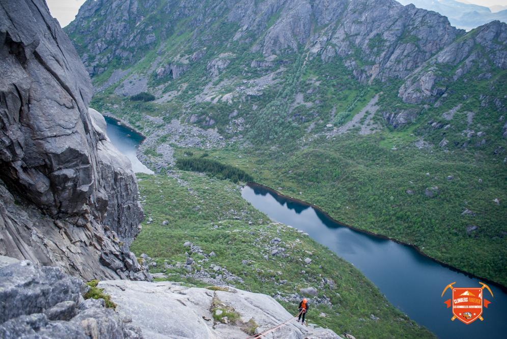 Belle vue sur Djupfjord, un rocher magique, sensation assuré!